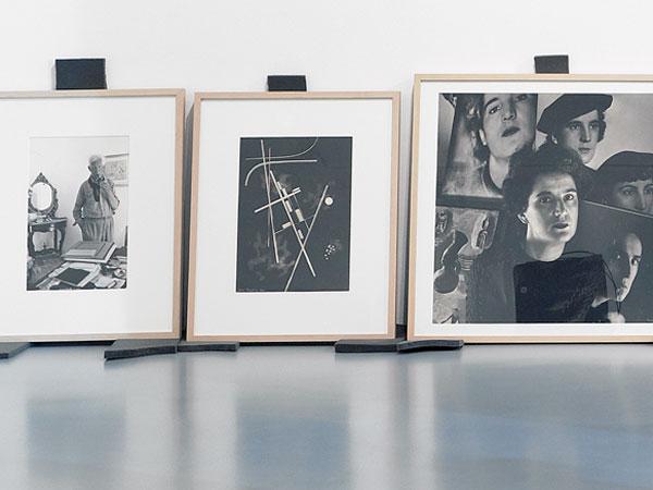 Aufbau der Ausstellung Befreite Moderne. Kunst in Deutschland 1945 bis 1949, 2015, mit Fotografien von Marta Hoepffner