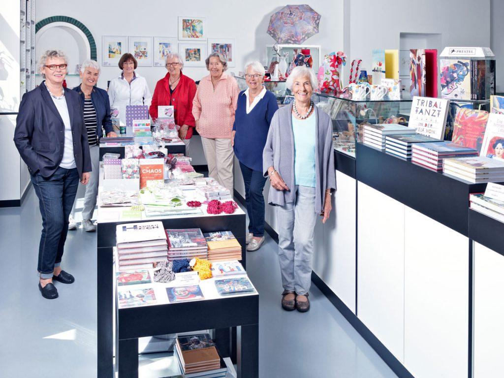 Das Team der ehrenamtlichen Museumsshop-Damen